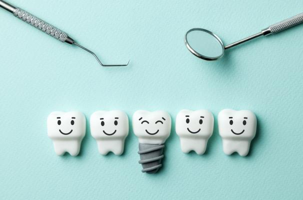 Implanty we Warszawie – gdzie najlepiej zdecydować się na zabieg implantologiczny?
